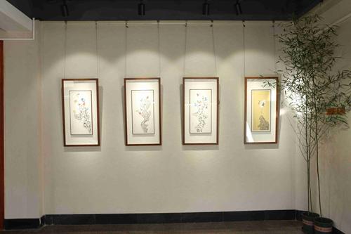 艺术家刘小瑶
