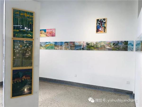 """""""艺术家农民化、农民艺术家化"""""""